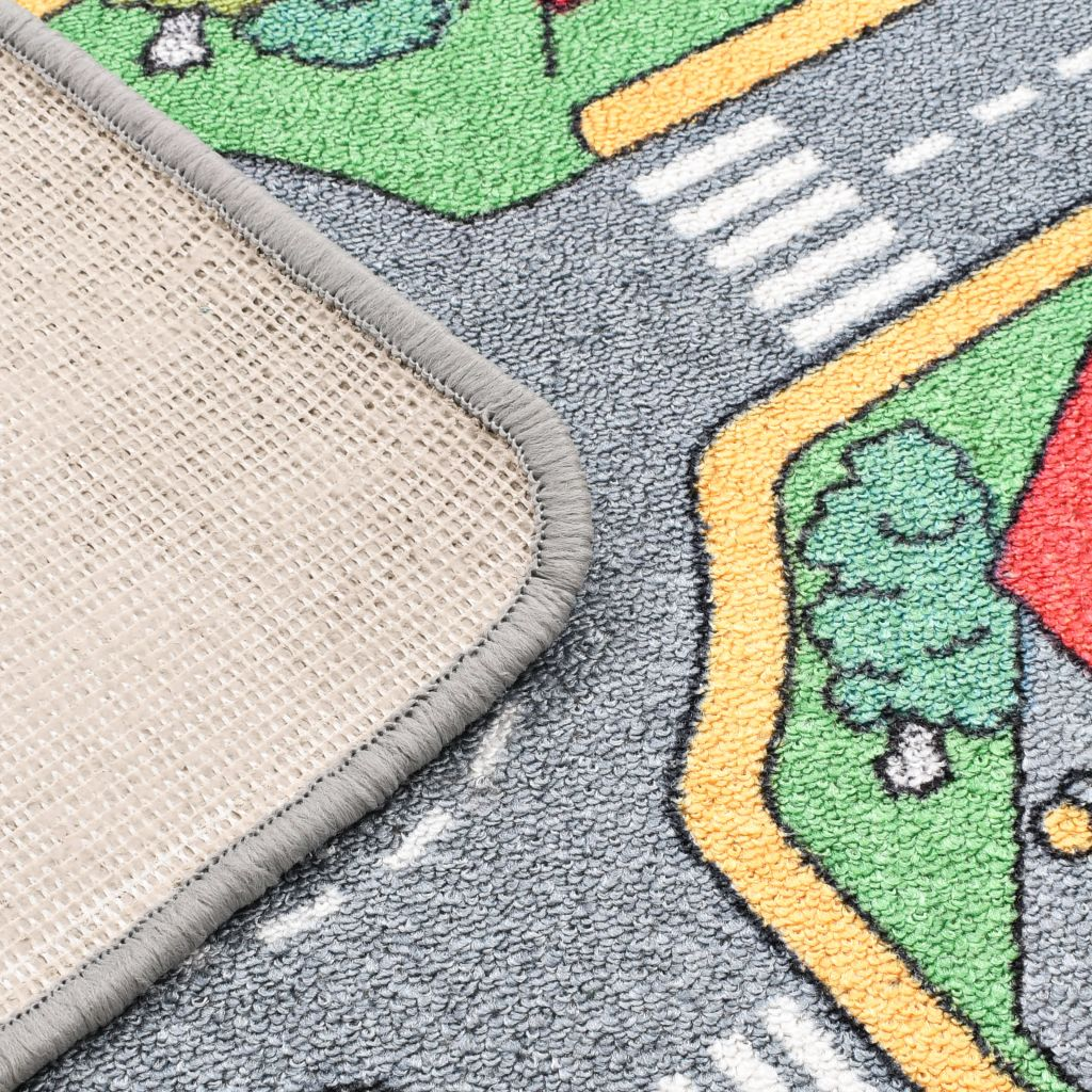tepih za kampiranje itd. Tepih za igranje s dizajnom gradske ceste ima slikoviti dojam. Izrađen od izdržljivog materijala s neklizećom podlogom