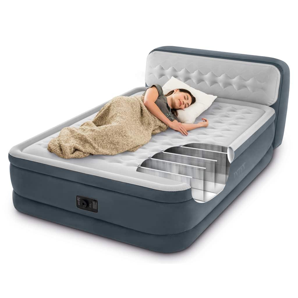 Uživajte u ugodnom i udobnom spavanju noću uz Intexov zračni krevet Ultra Plush Headboard 64448. Funkcionalno ugrađeno uzglavlje pruža potporu leđima kad se odmarate ili gledate televiziju. Može se također upotrebljavati kao zaustavnik za jastuke kad spavate