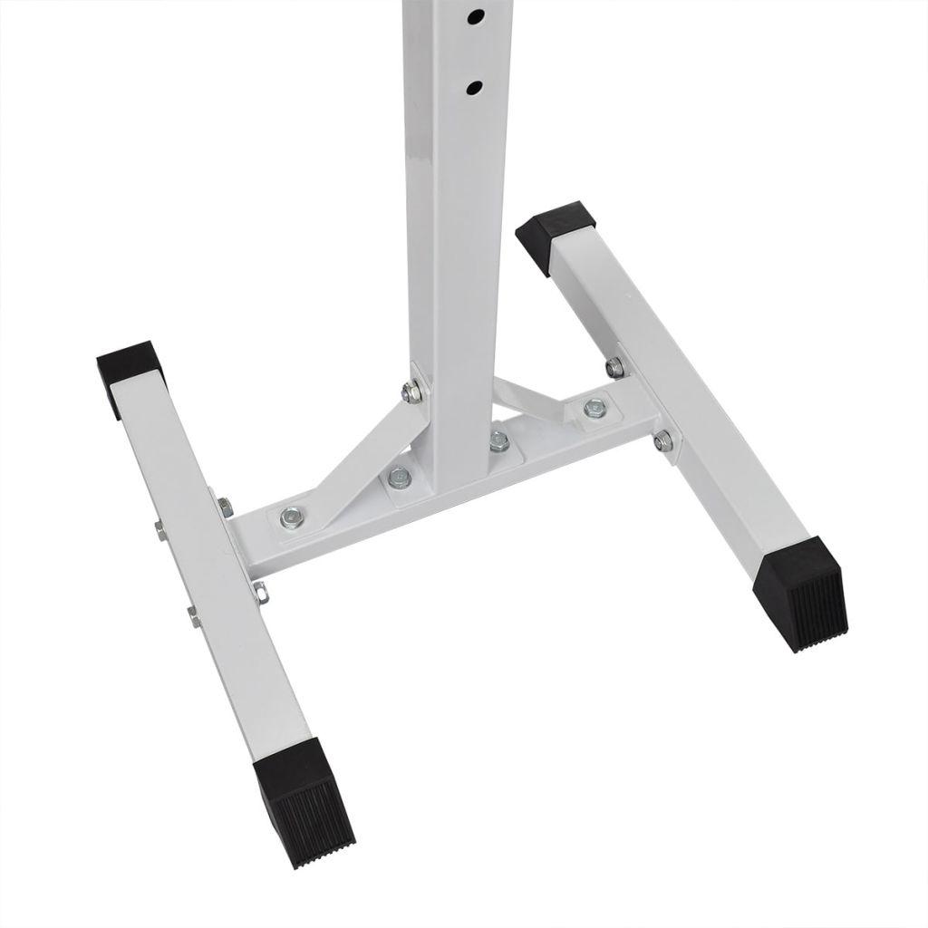 čučnjeve ili kao dodatak za klupu s utezima. Stalak za utege ima sljedeće značajke:Stabilni stalak za utege s promjerom od 45 mm i 50 mmČvrsta čelična izgradnja maks. opterećenje: 80 kgKompaktan