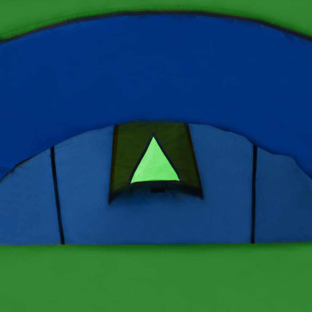 kad ste na putovanje ili na odmoru u kamp. Šator nudi dovoljno prostora za smještaj 4 osobe. Jednostavno možete sastaviti šator