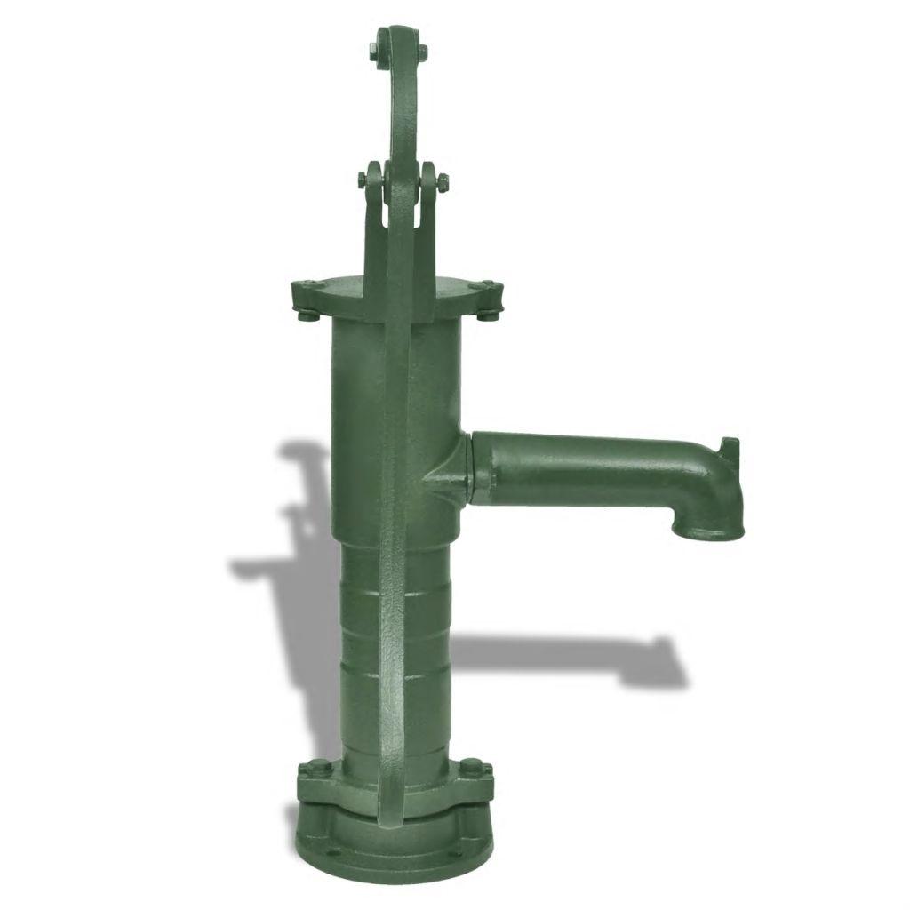 koja curi iz slavine. Donji dio ima ženski navoj na dnu a PVC ili cijevi od nehrđajućeg čelika potrebno je spojiti s priključkom za preusmjeravanje vode u pumpu. Stalak čini pumpu znatno duljom pružajući vam viši radni položaj. Pumpa i postolje se mogu koristiti zasebno. Sam stalak pogodan je za većinu ručnih pumpi od lijevanog željeza s otvorima na dnu za pričvrsne vijke od 4 x 12 mm. Napominjemo da isporuka uključuje samo pumpu za vodu i postolje. Napomena: Preporučujemo da se pumpa isprazni tijekom zime kako biste spriječili unutarnje zamrzavanje.