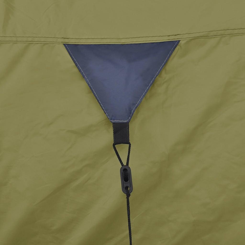 koji omogućuju bolju cirkulaciju i obranu od kukaca u ljetnim noćima. Ovaj šator za kampiranje za 4 osobe
