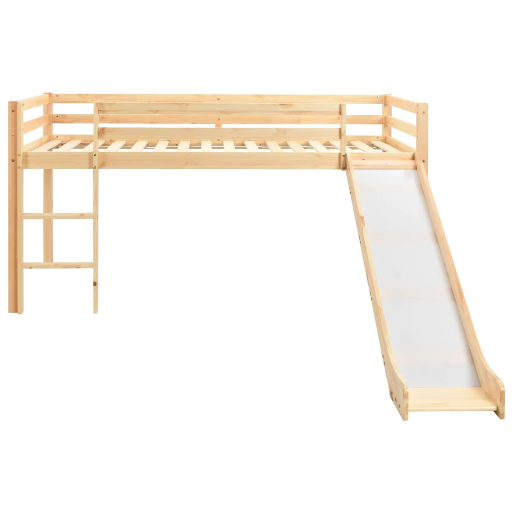 kao i maksimalno iskorištavanje prostora. Krevet je opremljen zaštitnom ogradom na oba ruba kreveta kako bi se spriječilo ispadanje djeteta noću. Prostor ispod kreveta na kat može se upotrebljavati za igru